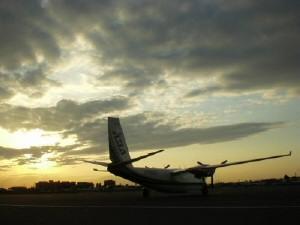 調布飛行場の夕景