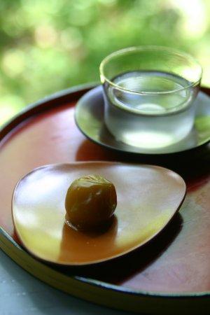 シロップ漬けの梅と梅ジュース