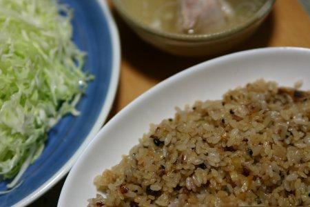 雑穀米のガーリックチャーハン