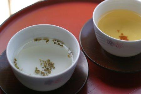 紫蘇の実茶と桂花烏龍茶