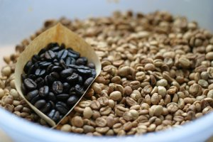 アラビックコーヒー用に焙煎した珈琲豆
