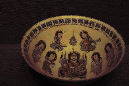 色絵人物文鉢
