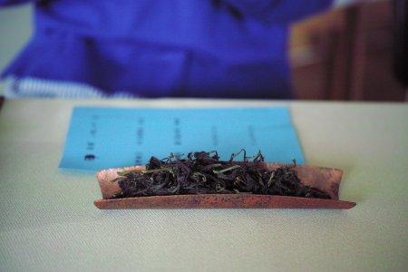 文山包種茶・冬片